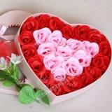 日韩爆销26朵浪漫玫瑰香皂花粉色花蝴蝶结爱心礼盒