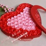 高档实用至尊情人节礼物100朵玫瑰香皂花超大爱心礼盒/节日礼物